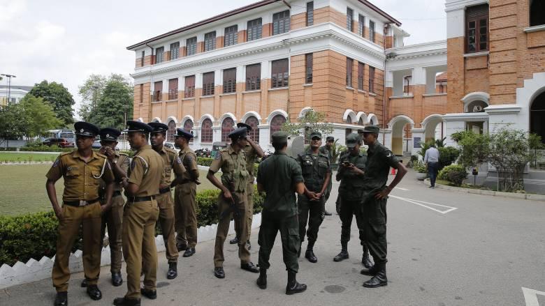 Σρι Λάνκα: Βίαιες συγκρούσεις μεταξύ Χριστιανών και μουσουλμάνων