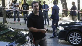 Πολιτικές αντιδράσεις για τις διακοπές Τσίπρα