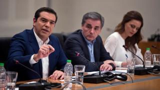 Στην… επίθεση ο Τσίπρας: Οι παροχές βάζουν «φωτιά» στην πολιτική αντιπαράθεση