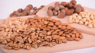 «Φάρμακο» για το παιδί η κατανάλωση ξηρών καρπών κατά την εγκυμοσύνη