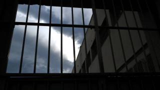 Φυλακές Κασσαβέτειας: Επιστρέφει στη θέση της η διευθύντρια που έδινε... ληγμένα στους κρατούμενους