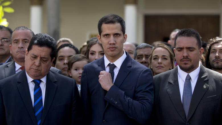 Βενεζουέλα: Συνελήφθη το «δεξί χέρι» του Χουάν Γκουαϊδό
