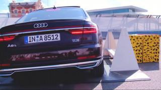 Αυτοκίνητο: Γιατί το Audi A8 ανασηκώνεται σε περίπτωση πλευρικής σύγκρουσης;