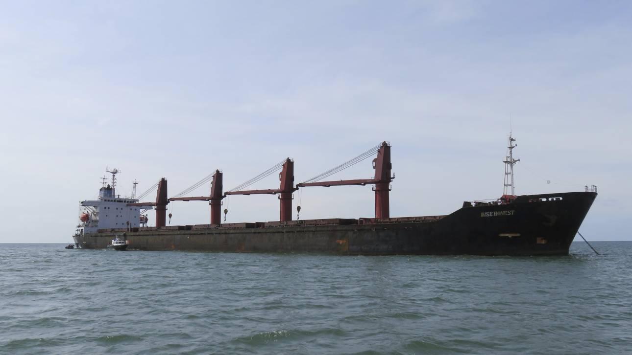 Το πολεμικό ναυτικό των ΗΠΑ κατέλαβε πλοίο της Βόρειας Κορέας