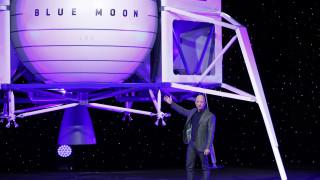 Ο Τζεφ Μπέζος «κοντράρει» τον Ίλον Μασκ και ετοιμάζεται να στείλει ανθρώπους στη Σελήνη
