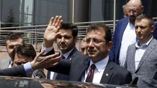 Εκρέμ Ιμάμογλου: Ήπιος, ενωτικός, επικοινωνιακός και... επίδοξος αντικαταστάτης του Ερντογάν;