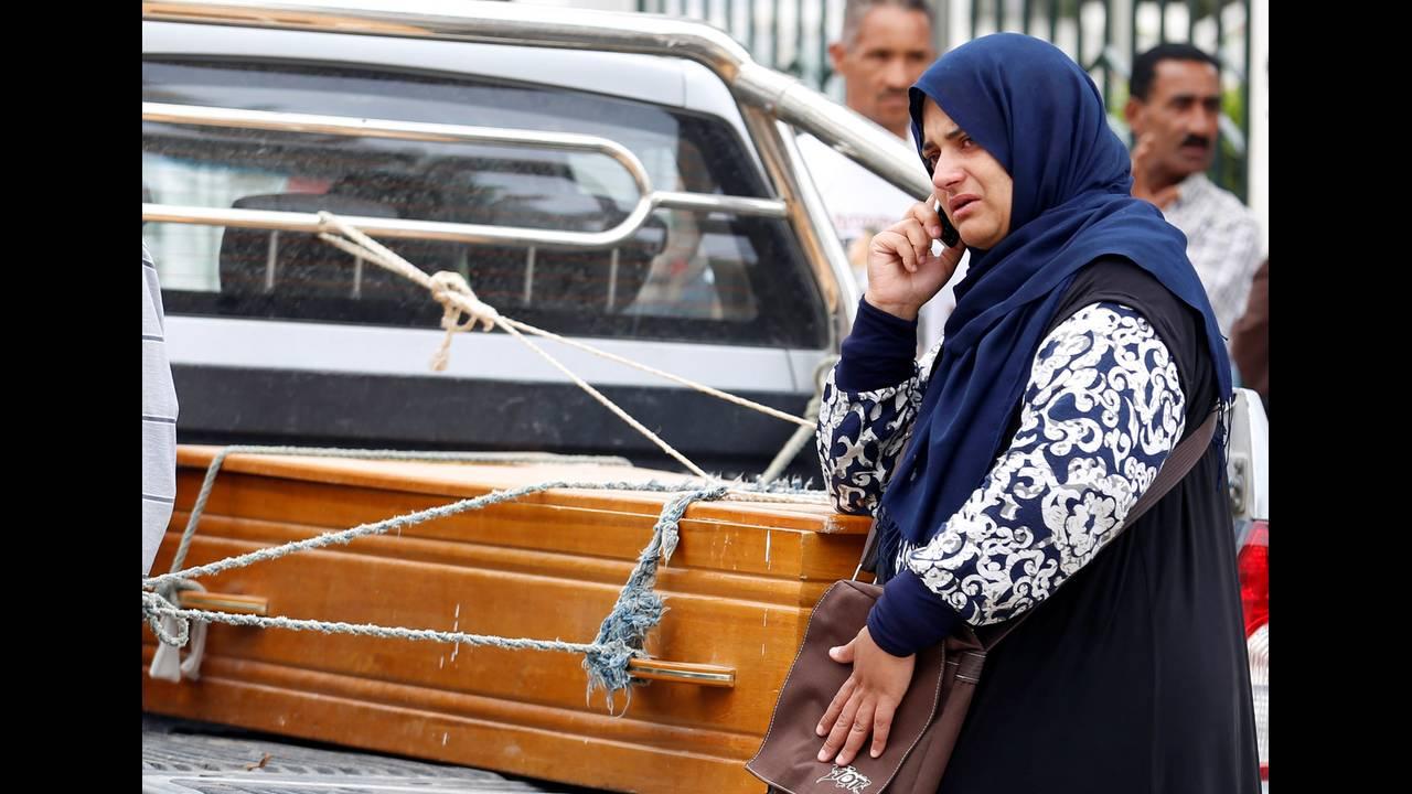 https://cdn.cnngreece.gr/media/news/2019/05/11/176205/photos/snapshot/2018-06-04T150358Z_176538865_RC1240725D60_RTRMADP_3_EUROPE-MIGRANTS-TUNISIA.jpg