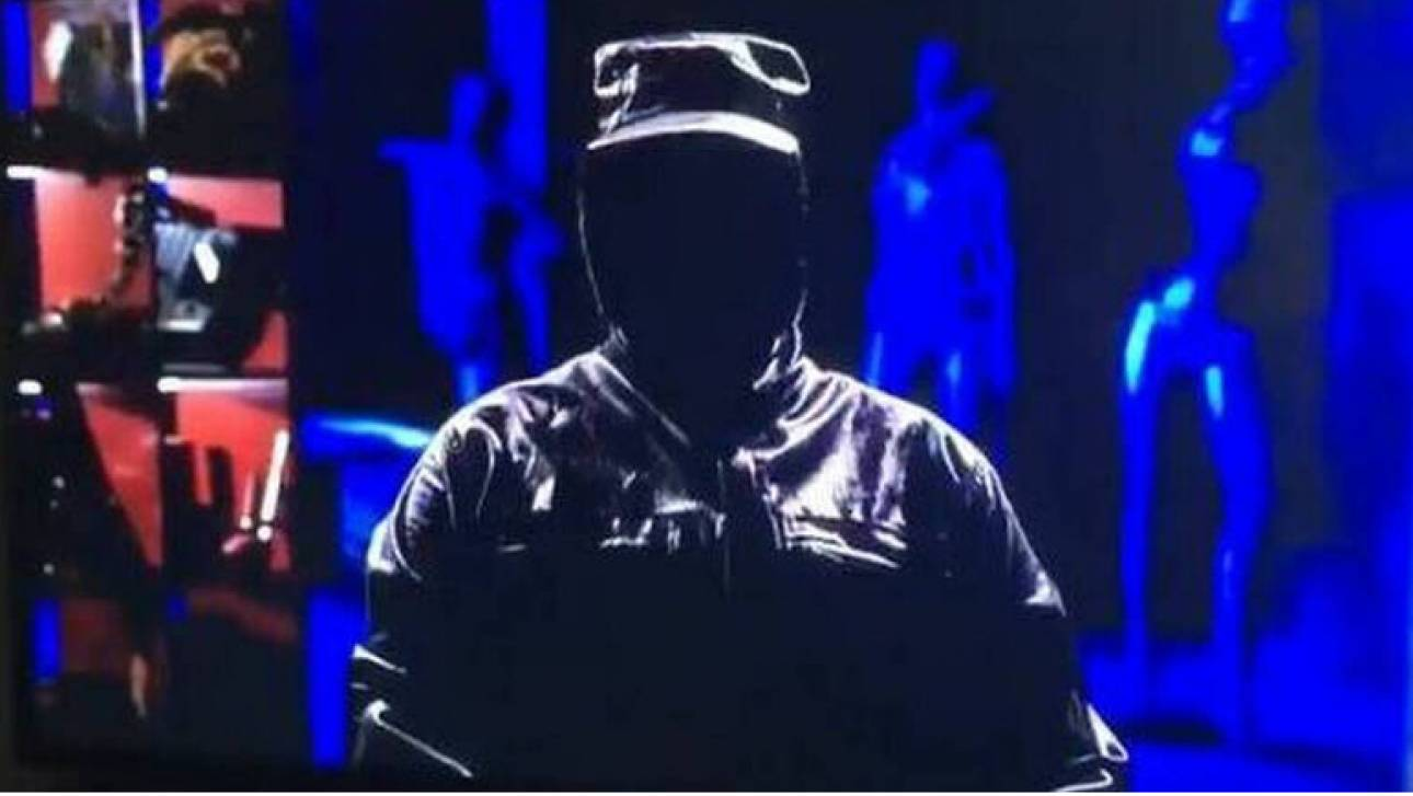 Τελικός Κυπέλλου 2019: Πανικός με μαυροφορεμένο άνδρα που μετέδωσε live απειλητικό μήνυμα