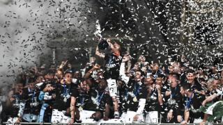 Τελικός Κυπέλλου 2019: Η στιγμή που σηκώνει ο ΠΑΟΚ στον «ουρανό» του ΟΑΚΑ το Κύπελλο Ελλάδας