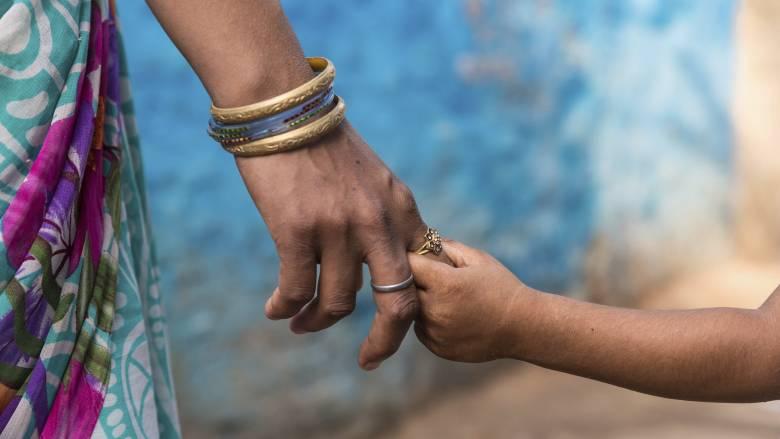 Ημέρα της Μητέρας 2019: Πώς ξεκίνησε κι από ποιον καθιερώθηκε η γιορτή
