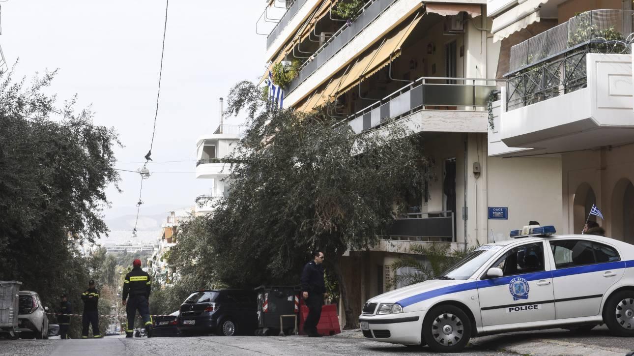 Τρόμος για οικογένεια στο Παγκράτι: Άρπαξαν ανήλικο και μπούκαραν στο σπίτι του