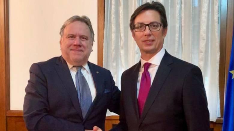 Συνάντηση Κατρούγκαλου με το νέο πρόεδρο της Βόρειας Μακεδονίας