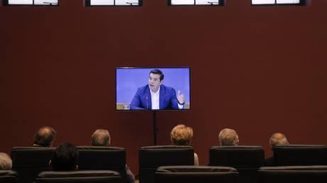 Αντιστροφή των μεταρρυθμίσεων «παγώνει» τα μέτρα για το χρέος