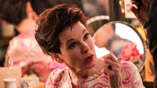 Ρενέ Ζελβέγκερ: Η απόλυτη μεταμόρφωση σε Τζούντι Γκάρλαντ, στην ταινία Judi (trailer)