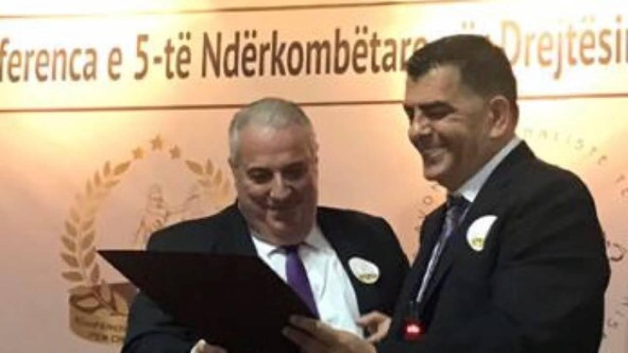 Σάκης Κεχαγιόγλου: Ανακηρύχθηκε επίτιμο μέλος της Ένωσης Αλβανών Ποινικολόγων