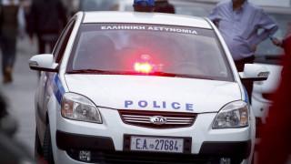 Κορωπί: Ληστεία σε κοσμηματοπωλείο - Εισέβαλαν στο κατάστημα με αυτοκίνητο