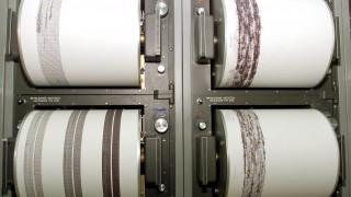 Ηλεία: 37 σεισμικές δονήσεις σε ένα 24ωρο - Κρούει τον κώδωνα του κινδύνου ο Τσελέντης