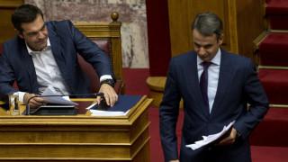 «Οργώνουν» την Ελλάδα Τσίπρας – Μητσοτάκης: Η στρατηγική ΣΥΡΙΖΑ και ΝΔ λίγο πριν τις κάλπες