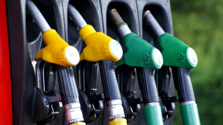 Άμεση αποφορολόγηση των καυσίμων ζητούν οι πρατηριούχοι