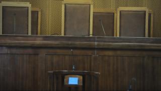 Λαμία: Προφυλακιστέος ο πατέρας που εξέδιδε την κόρη του με νοητική υστέρηση