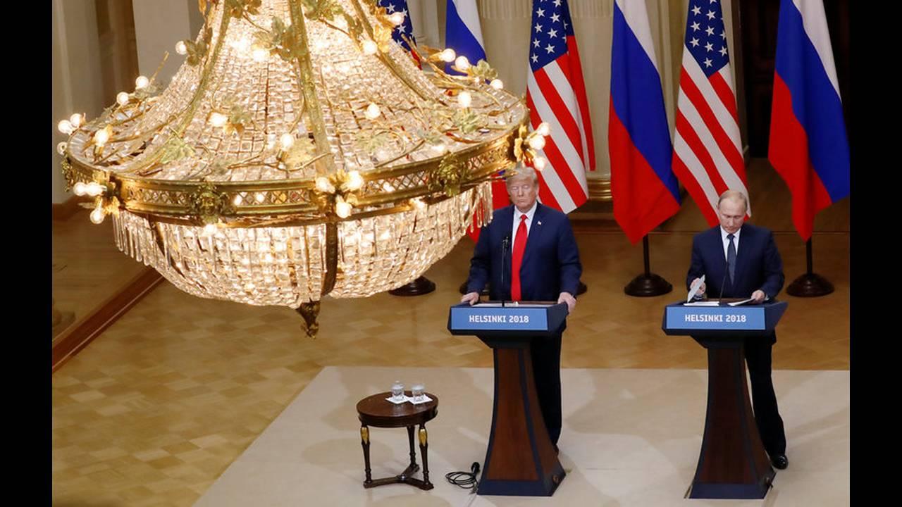 https://cdn.cnngreece.gr/media/news/2019/05/15/176798/photos/snapshot/2018-07-16T152228Z_431386034_RC173DDA83F0_RTRMADP_3_USA-RUSSIA-SUMMIT.jpg