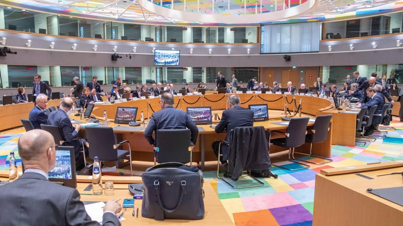 Εξηγήσεις από Χουλιαράκη για τις παροχές θα ζητήσει το Eurogroup