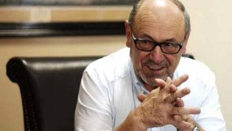 «Έπρεπε να δώσω και εγώ κάτι στον τόπο μου», λέει ο δήμαρχος Ναυπακτίας που δεν έπαιρνε το μισθό του