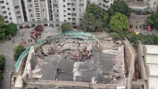 Κίνα: Επτά νεκροί από την κατάρρευση κτηρίου στη Σανγκάη