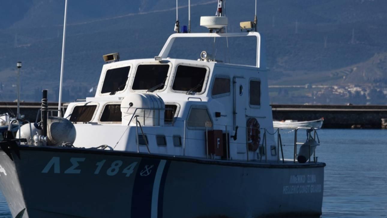 Έρευνες του Λιμενικού για τον εντοπισμό λέμβου με 22 μετανάστες κοντά στη Σάμο