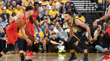 NBA: Με ανατροπή το 2-0 οι Ουόριορς
