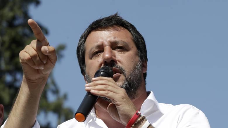 Ιταλία: Μαθητές παραλληλίζουν τα μέτρα του Σαλβίνι με τους φυλετικούς νόμους του Μουσολίνι