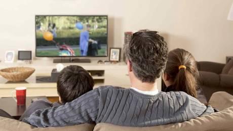 Παιδική ψυχαγωγία: Ποια είναι τελικά η καλύτερη εμπειρία θέασης για τα παιδιά;