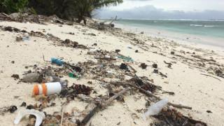 Πλαστικό, η νέα μάστιγα: 414 εκατομμύρια κομμάτια πλαστικού ξεβράστηκαν στα νησιά Κόκος του Ινδικού