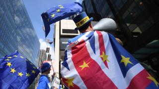 Brexit: «Σημαντικά πιο δυσάρεστες» οι επιλογές, αν ο νόμος δεν εγκριθεί μέχρι το καλοκαίρι