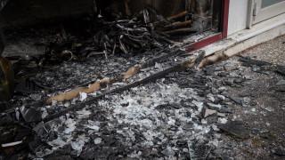 Επιθέσεις σε δύο τράπεζες και ένα υποκατάστημα ΕΛΤΑ τη νύχτα στην Αττική