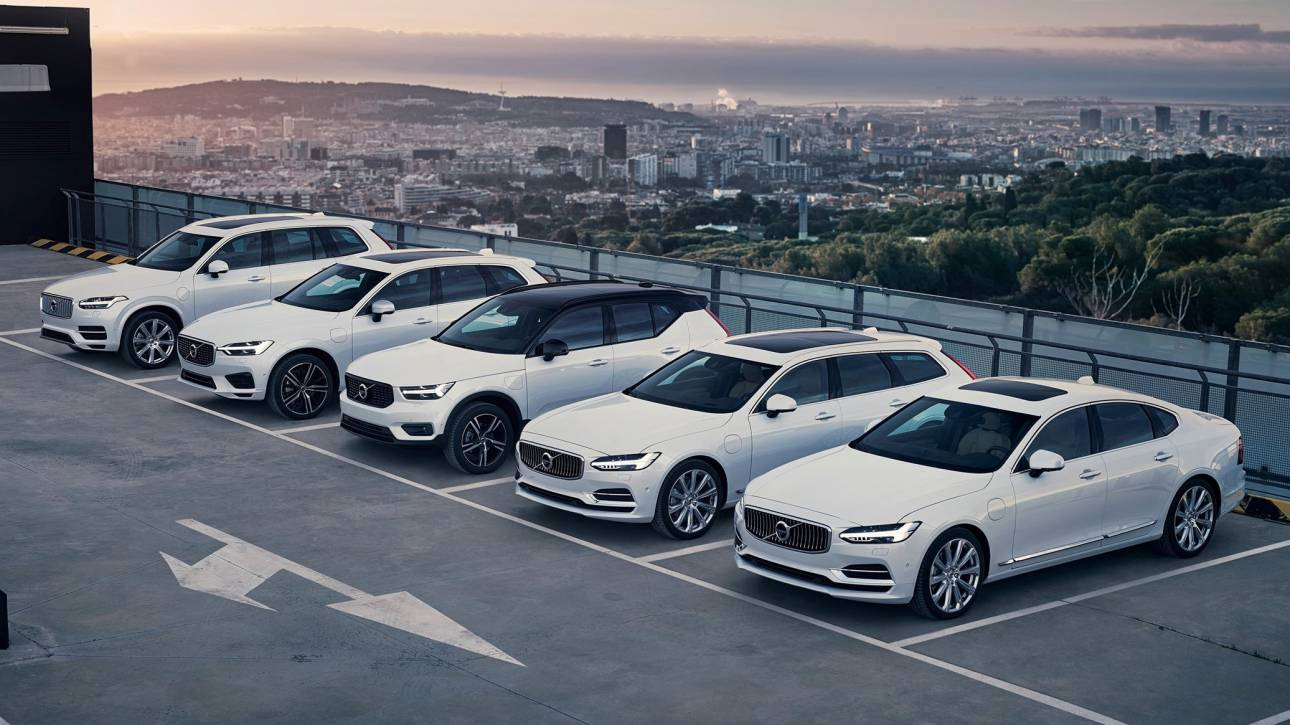 Συμφωνίες «μαμούθ» των αυτοκινητοβιομηχανιών για μπαταρίες ηλεκτρικών μοντέλων