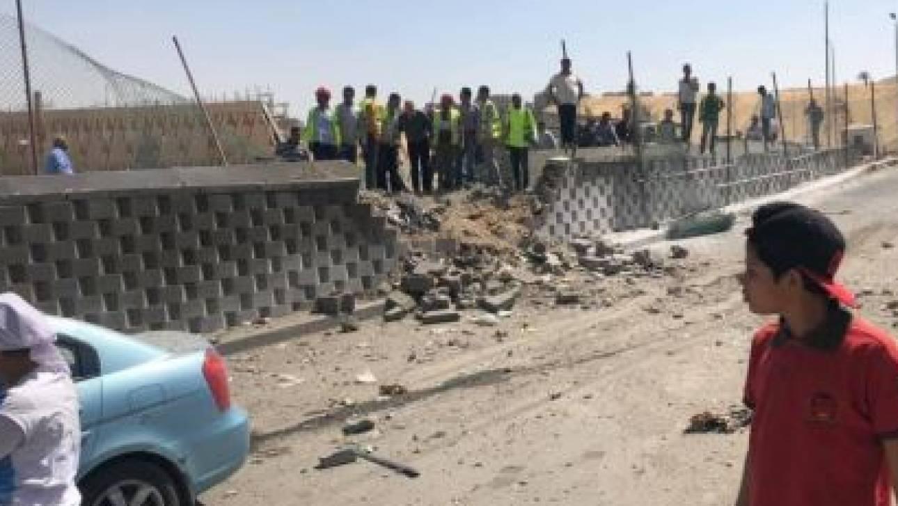 Αίγυπτος: Έκρηξη σε τουριστικό λεωφορείο στις Πυραμίδες της Γκίζας με πολλούς τραυματίες