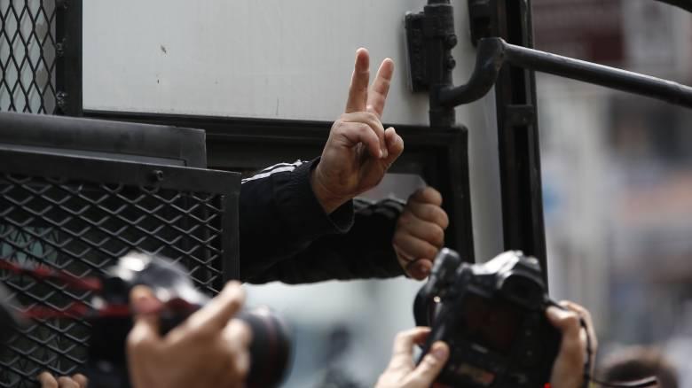 Πογκρόμ κατά «Γκιουλενιστών» στην Τουρκία: Εκατοντάδες συλλήψεις διέταξαν οι Αρχές