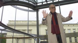 Ιεό Μινγκ Πέι: Έφυγε από τη ζωή ο οραματιστής αρχιτέκτονας της γυάλινης πυραμίδας του Λούβρου