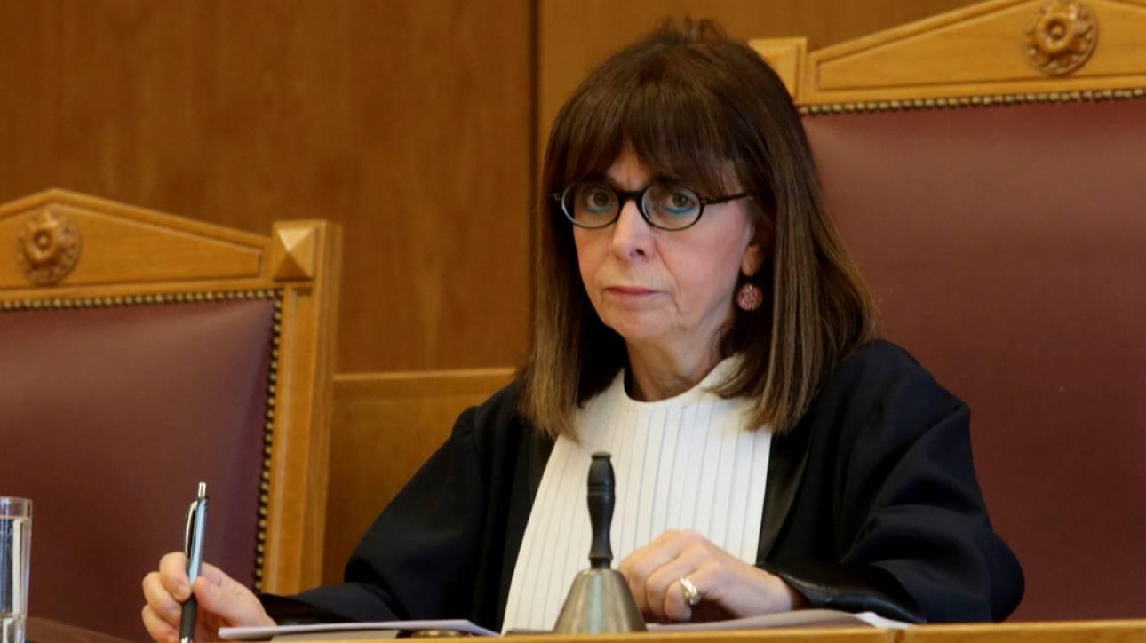 Πρόεδρος ΣτΕ για 13ο και 14ο μισθό: Οι αποφάσεις λαμβάνουν υπόσταση μόνο με τη δημοσίευσή τους