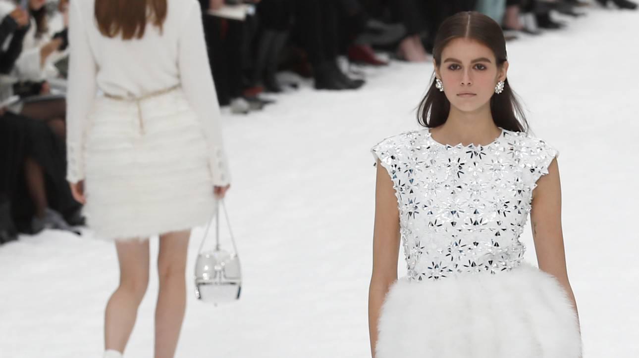 Οι οίκοι μόδας «εξορίζουν» τα ανήλικα μοντέλα από τις πασαρέλες: Όριο ηλικίας τα 18