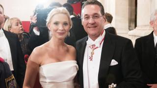 Αυστρία: Η γυναίκα του Στράχε τον παράτησε μετά το σκάνδαλο με τη μυστηριώδη Ρωσίδα