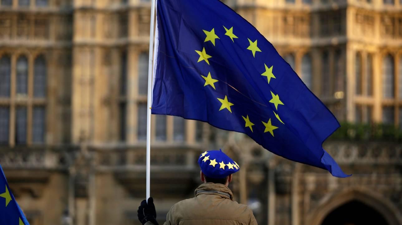 Ευρωεκλογές 2019: Fake ειδήσεις και ψεύτικοι λογαριασμοί έχουν κατακλύσει διαδίκτυο και social media