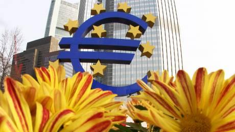 Το Ευρωδικαστήριο υπέρ της ΕΚΤ για την αναδιάρθρωση του ελληνικού χρέους