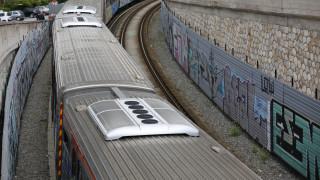 Γυναίκα έπεσε στις ράγες του ΗΣΑΠ στο Μοσχάτο