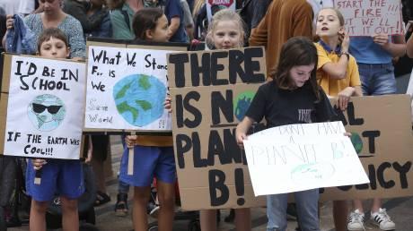 Ice on Fire: Ο πόλεμος του Ντι Κάπριο κατά της κλιματικής αλλαγής – Διαδηλώσεις σε όλο τον κόσμο