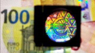 Έρχονται σε λίγες μέρες τα νέα χαρτονομίσματα των 100 και 200 ευρώ