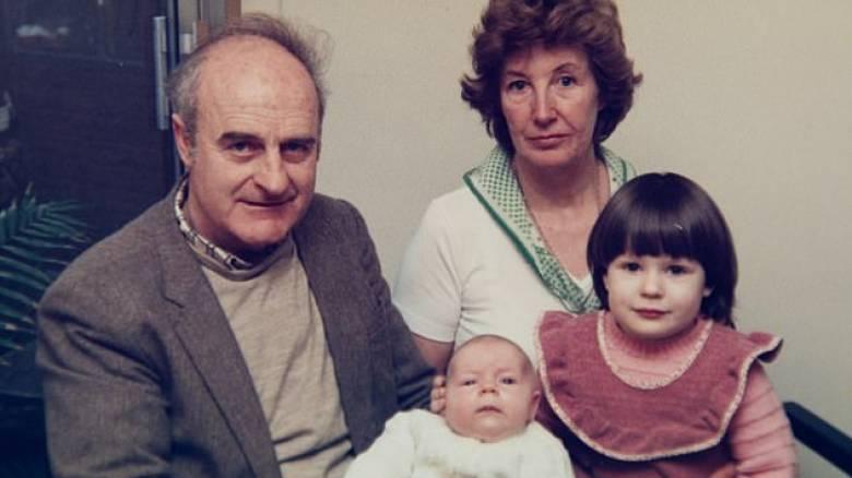 Έμαθε μετά από 64 χρόνια γάμου ότι ο άντρας της ήταν μυστικός πράκτορας