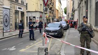 Έκρηξη στη Λυών: Ανθρωποκυνηγητό για τον βομβιστή με το ποδήλατο