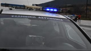 Επίθεση σε εκλογικό περίπτερο του ΣΥΡΙΖΑ στα Εξάρχεια